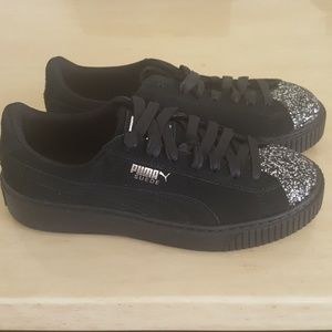 Brand New Black Suede leather Platform Sneakers